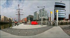 *** Hafen-City ***
