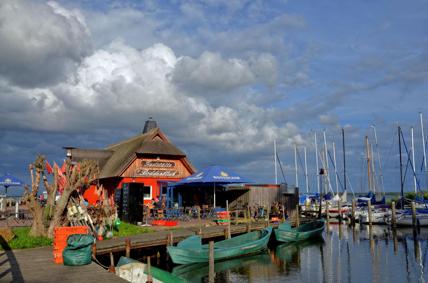 Hafen Dierhagen - Gaststätte Boddenblick