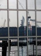 Hafen im Spiegel