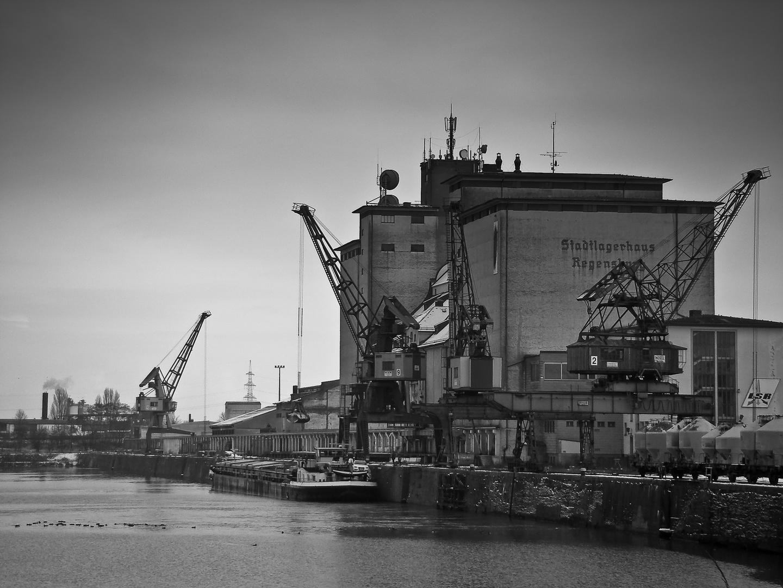 Hafen Regensburg im Januar 2010
