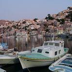 Hafen v. Simi auf der gleichnamigen griech. Insel gegen Abend