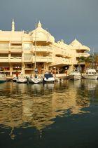 Hafen von Benalmadena bei Regen