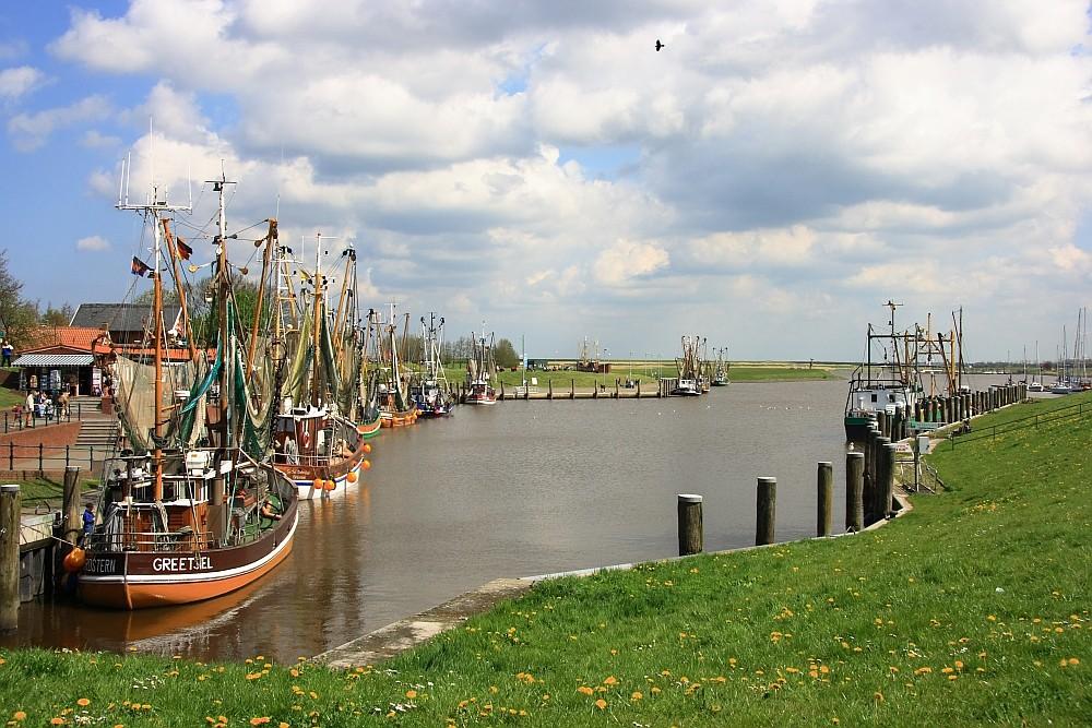 Hafen von Greetsiel ...