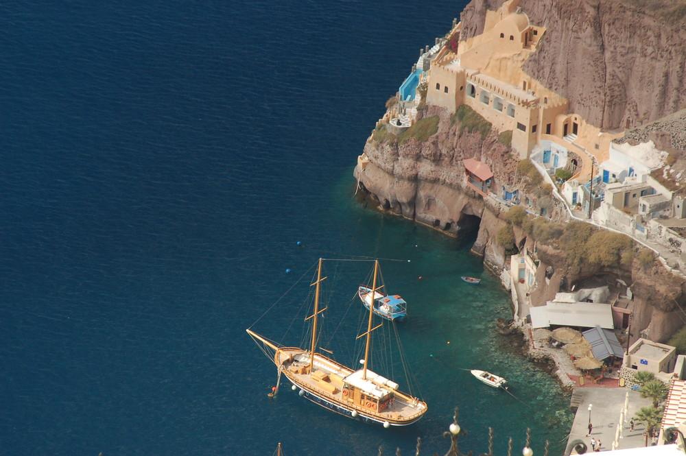 Hafen von Santorini