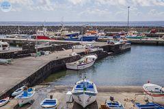 Hafen von Vila Franca do Campo