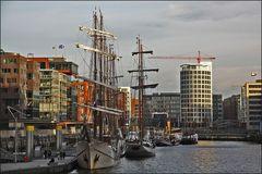 *. HafenCity *