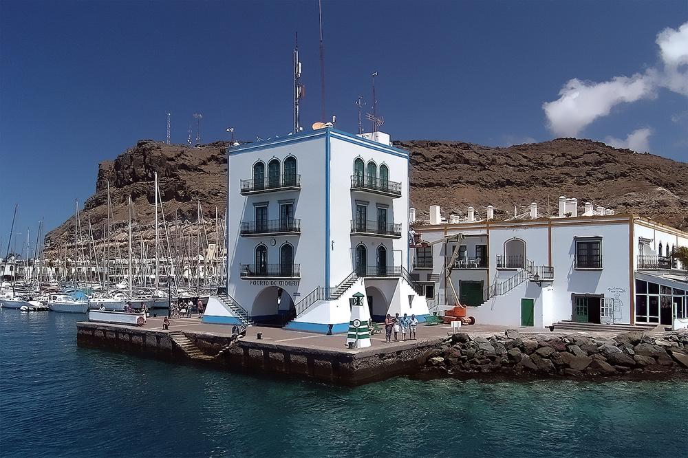 Hafeneinfahrt - Puerto de Mogan