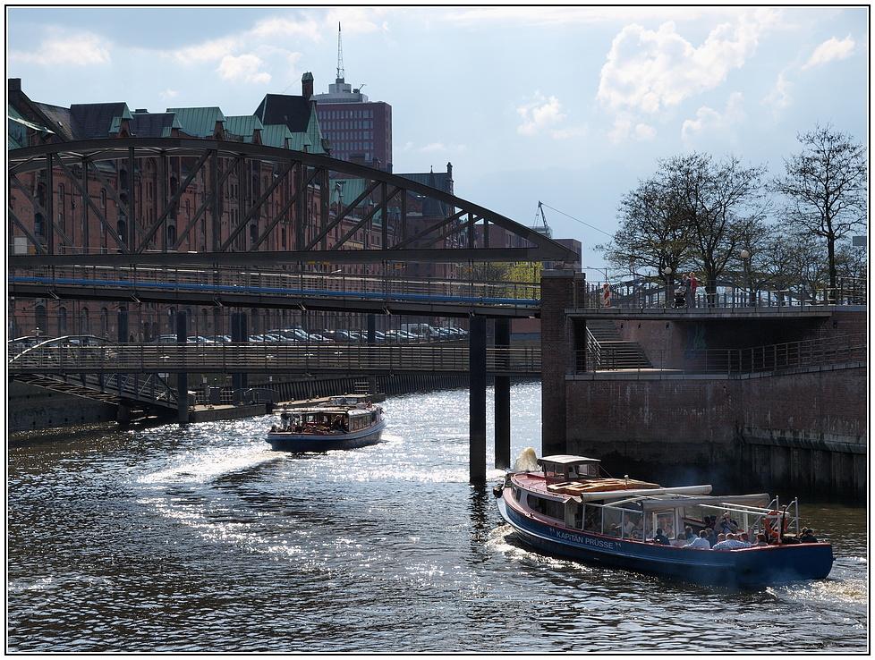 Hafenrund- und Fleetfahrt