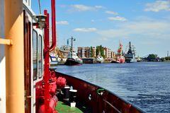 Hafenrundfahrt III