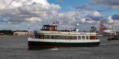 Hafenrundfahrt mit Käptn Brass