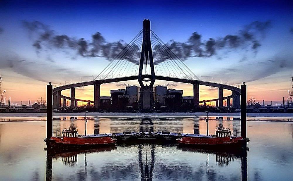 """""""Hafenrundfahrt"""" ... oder die unendliche Brücke"""