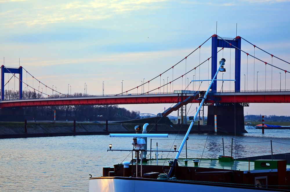Hafenstimmung in Duisburg-Ruhrort