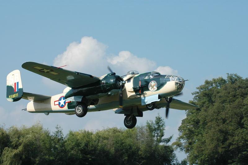 Hahnweide 2005 B-25  Start