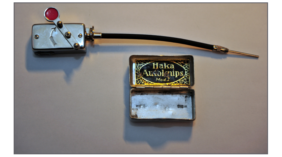 Haka Autoknips Mod. I: ein mechanischer Selbstauslöser