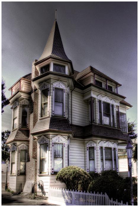Half Moon Bay House