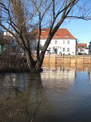 Halle (an der Saale) in der Saale-03