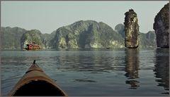 Halong Bay/ Vietnam im Kanu