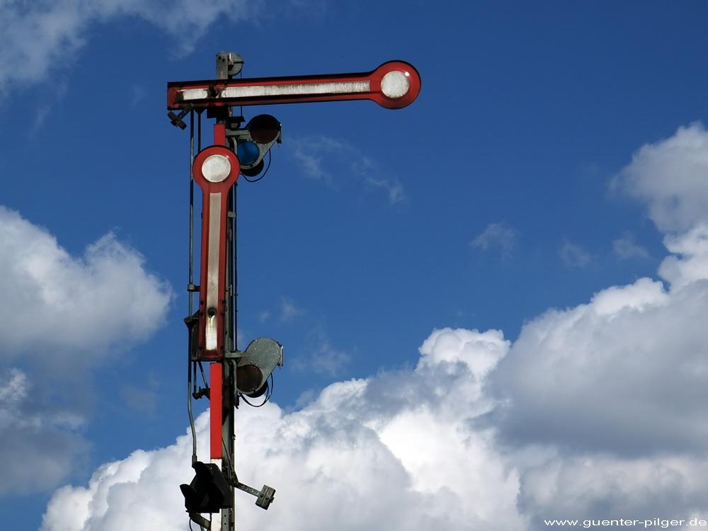 HALT! – Signal gilt nicht für Flugzeuge