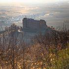 Hambacher Schloss  im Morgendunst