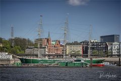 Hamburg ....