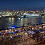 Hamburg at night