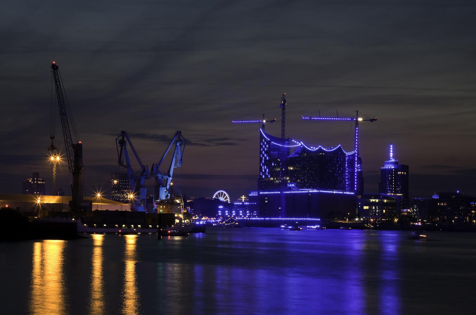 Hamburg Blue Port 20112