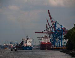 Hamburg , das Tor zur Welt ,...