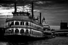 Hamburg Hafen - Ein Abend im August mit der Louisina Star