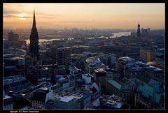 Hamburg, Nikolaikirche, Michel und Hafen - View at some Churches and over the harbour