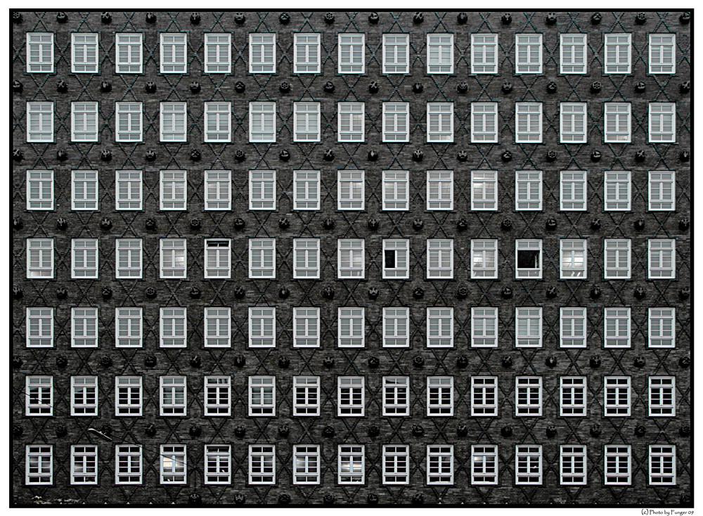Fassade frontal  Hamburger Backstein Foto & Bild | architektur, fassaden ...