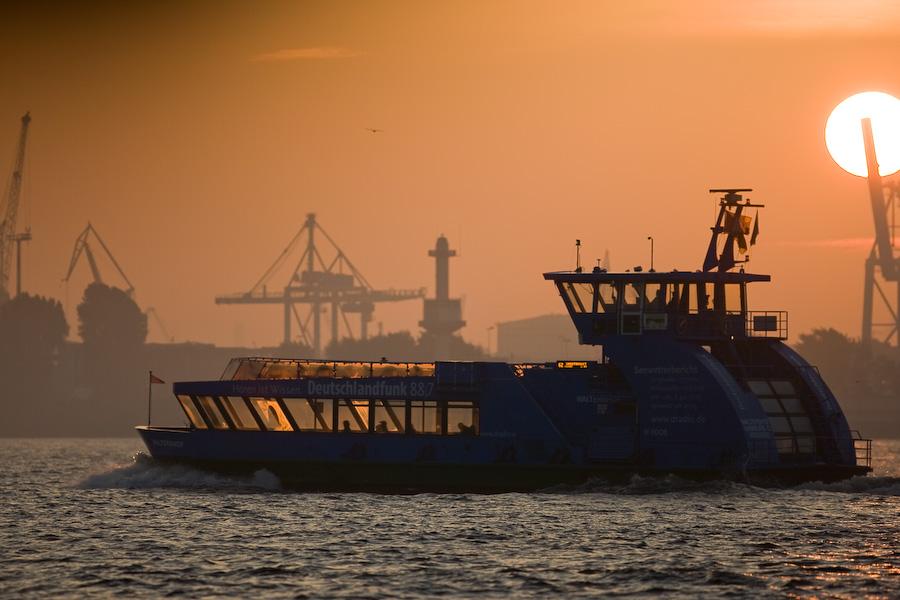 Hamburger Hafen 7:55 Uhr