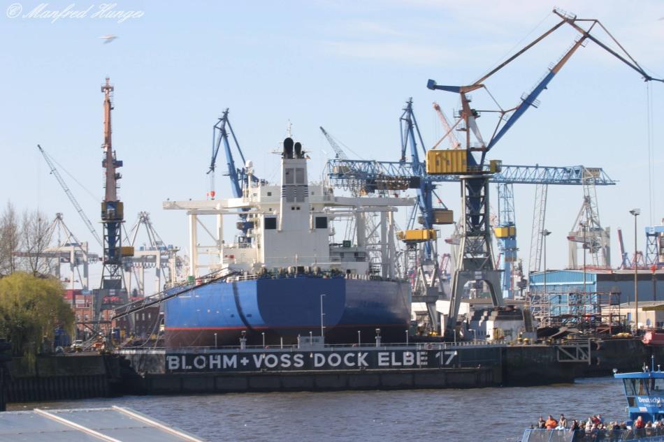 """Hamburger Hafen - Blohm & Voss - """"Dock Elbe 17"""""""