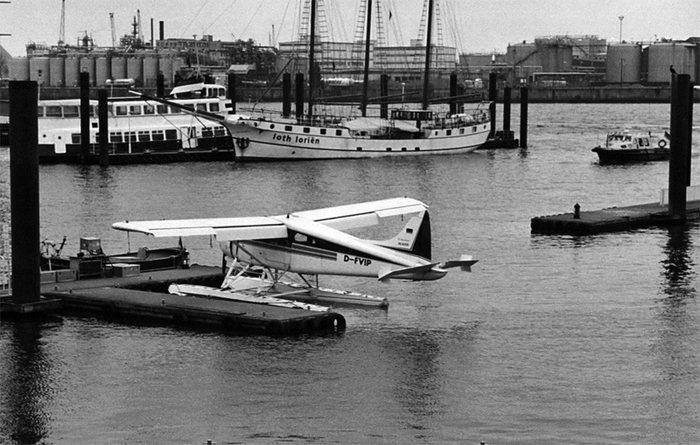 Hamburger Hafen - Wasserflugzeug
