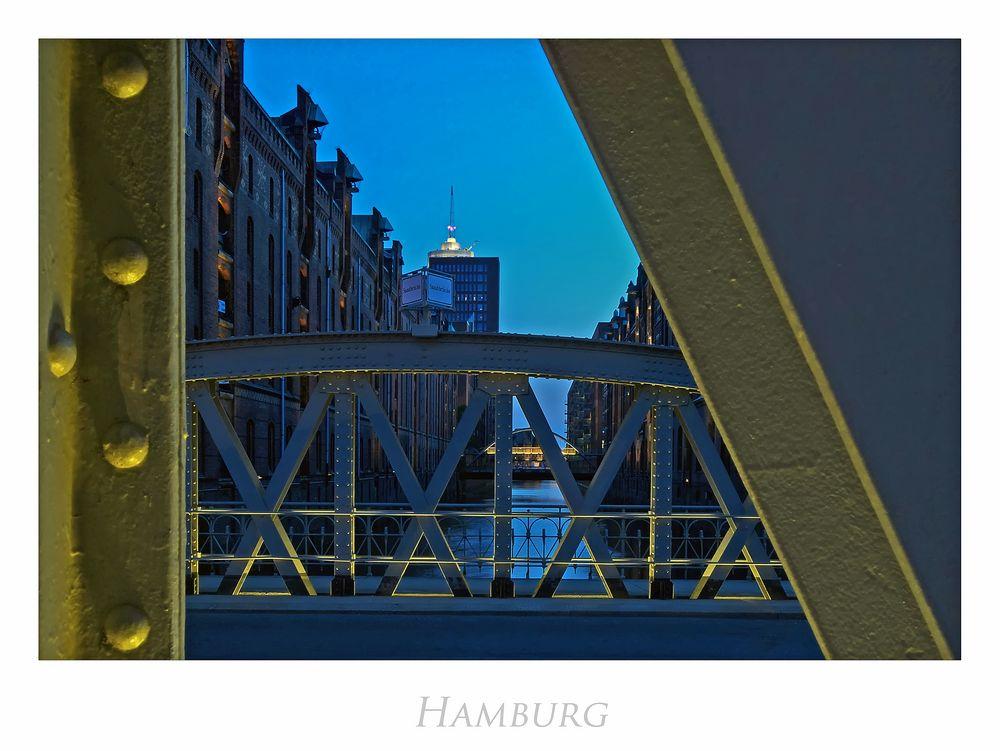 """Hamburger-Impressionen """" die Speicherstadt aus meiner Sicht...."""""""