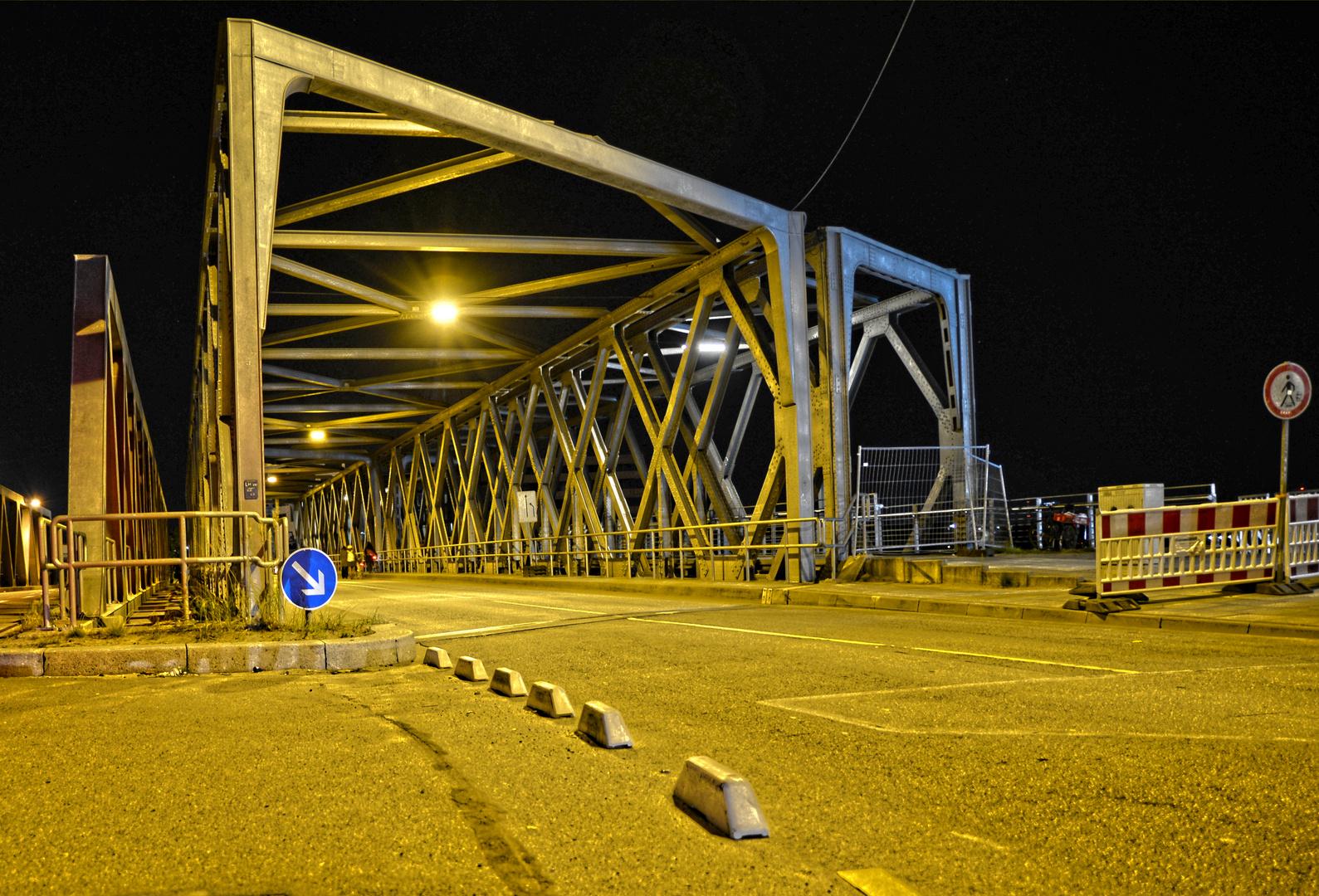 Hamburger Nietenbrücke