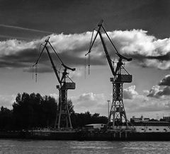 """hamburg_seaport""(2015)"