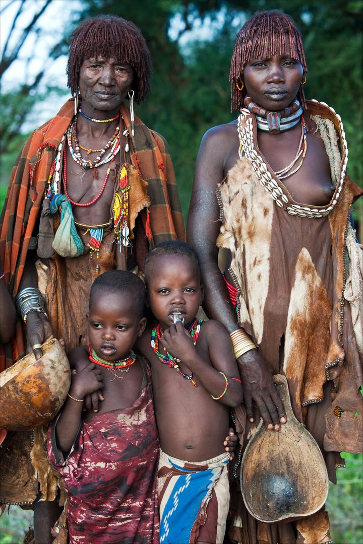 [ Hamer Tribe Family ]