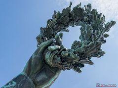 Hand der Statue Bavaria