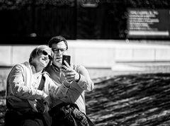 ... hand-in-hand selfie ...