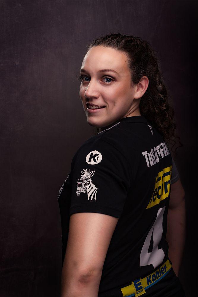 Handball von seiner schönsten Seite - Elisabeth