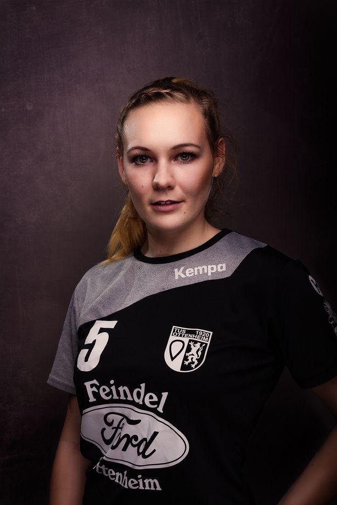 Handball von seiner schönsten Seite - Theresa