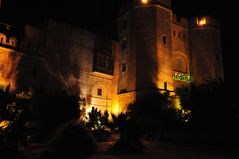 Handelszentrum bei Nacht ...