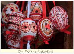 Handgeklöppelte O-Eier