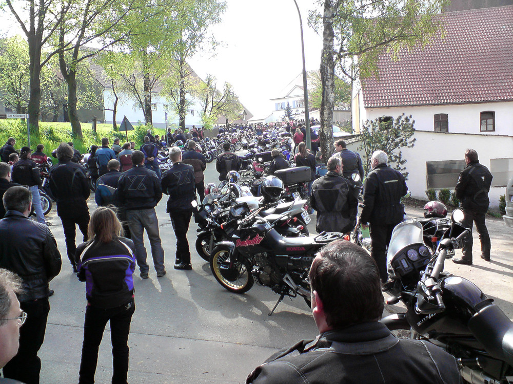 Handy Pic #08 Motorradsegnung in Bliensbach