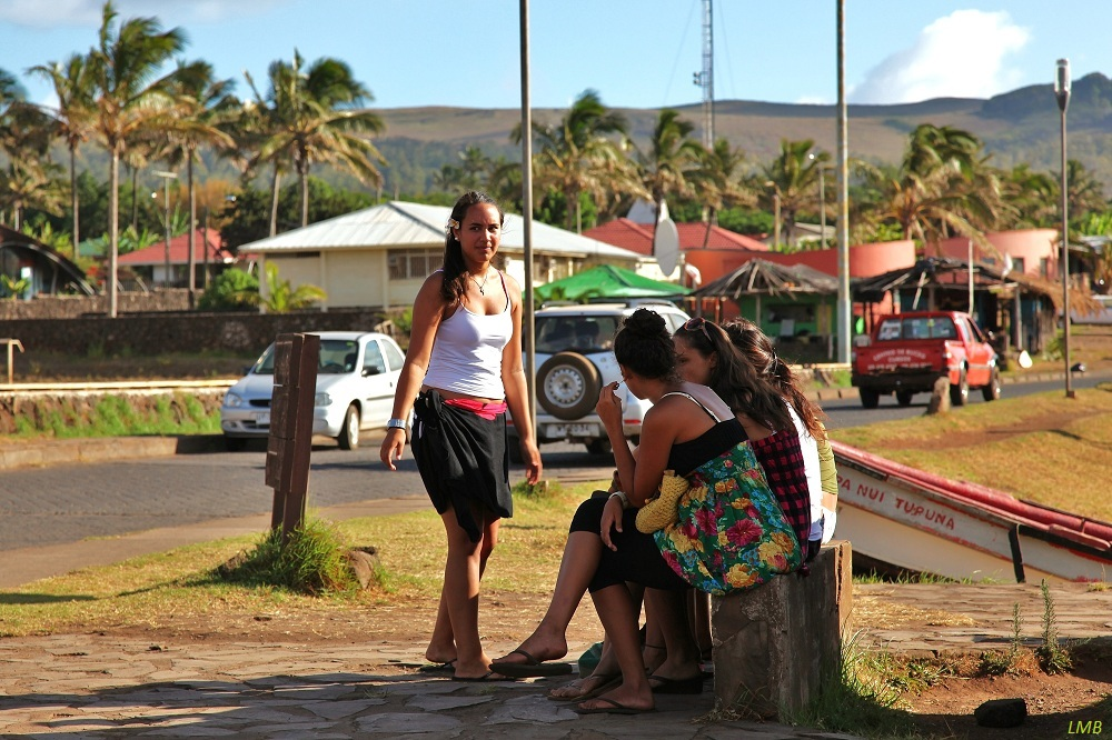 Hanga Roa Chicas