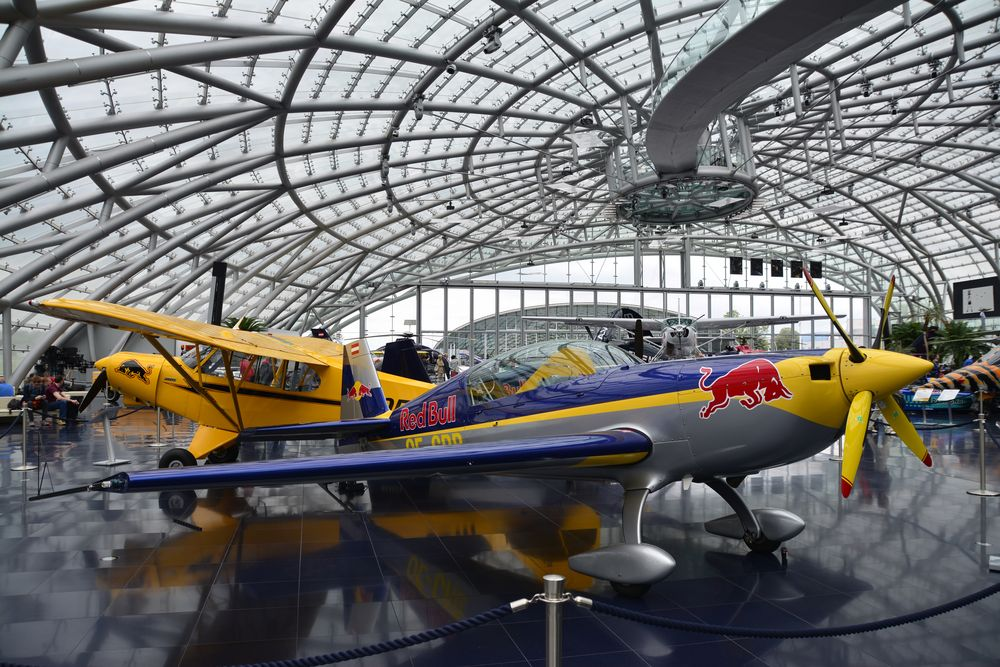 Hangar 7 die atemberaubende Architektur