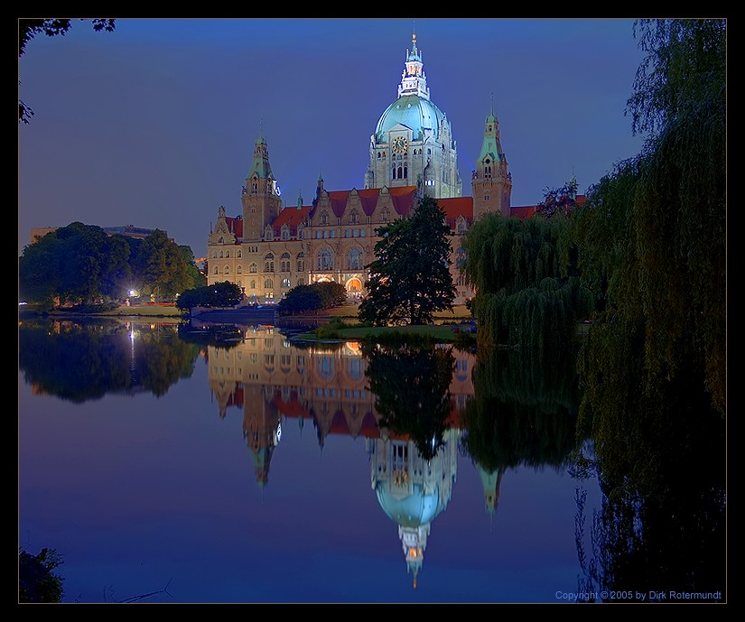 Hannoveraner Rathaus @ night