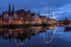 Hansestadt Lübeck: Weihnachtlicher Museumshafen