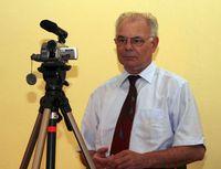 Hansi N.