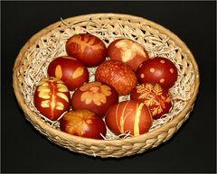 Happy Easter! -- Frohe Ostern! -- Buona Pasqua!